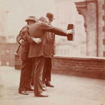 selfie-1920